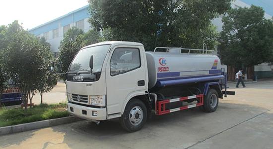 东风锐铃绿化喷洒车(5吨)
